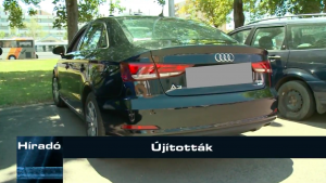 Teljesen civil fekete Audival próbálja a rendőrség tetten érni a szabálytalankodókat.