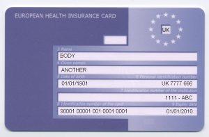 Kevés nyaralónak van külföldön is érvényes megfelelő biztosítása. Márpedig az Európai Egészségbiztosítási Kártya nem fog baleseti kártérítést nyújtani.