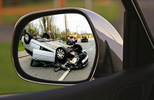 Lehetőleg a baleseti kárbejelentés menete ismert legyen minden autós előtt, hogy vészhelyzetben is könnyen tudjon cselekedni