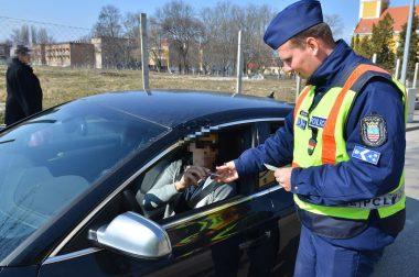 Közigazgatási bírság és szabálysértési bírság az utakon: mi a különbség?