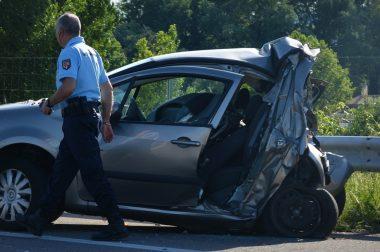 Külföldi baleset nyaralás alatt – hogyan enyhítse a károkat?
