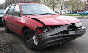 A gépjárműkáron kívül még mit fizet a kötelező biztosítás?