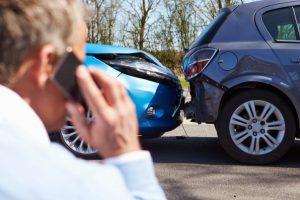A kártérítést a sofőrnek kell megfizetnie, ha alkoholtól, vagy bármi akár gyógyszertől bódult állapotban vezette az autót.