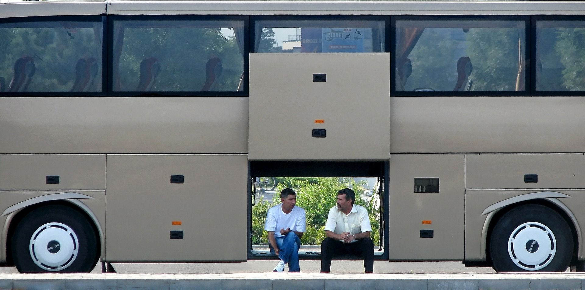 Néhány év alatt többszörösére nőtt a nagyobb buszok kötelező biztosítása.
